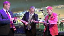 Olav Thon og ordfører i Kristiansand åpner det nye senteret med stil